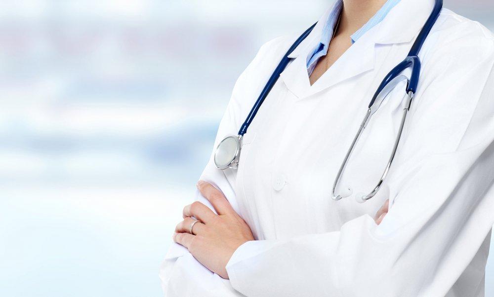 Medecin en blouse - Comment changer de medécin traitant ?