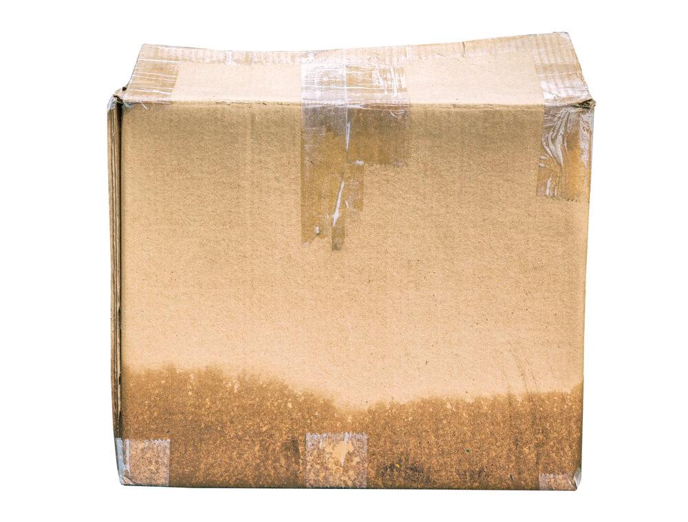Carton de déménagement mouillé